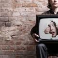 La télé emprisonne